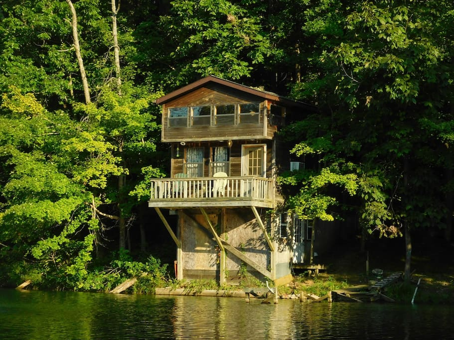 Little House on the Lake